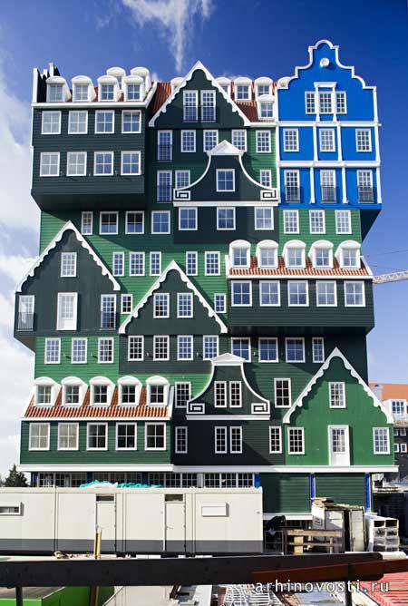 kazkovii_derevyanii_gotel_zaandam_niderlandi_3.jpg