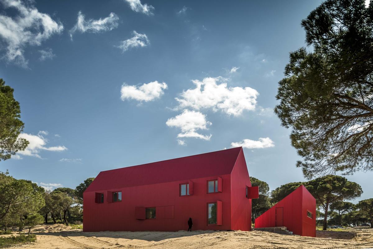 red-house-4.jpg