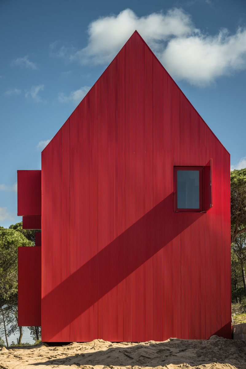 red-house-3.jpg