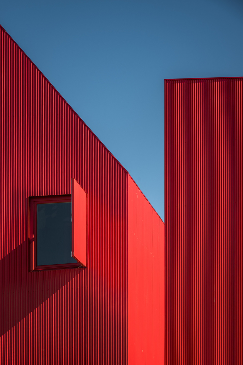 red-house-5.jpg