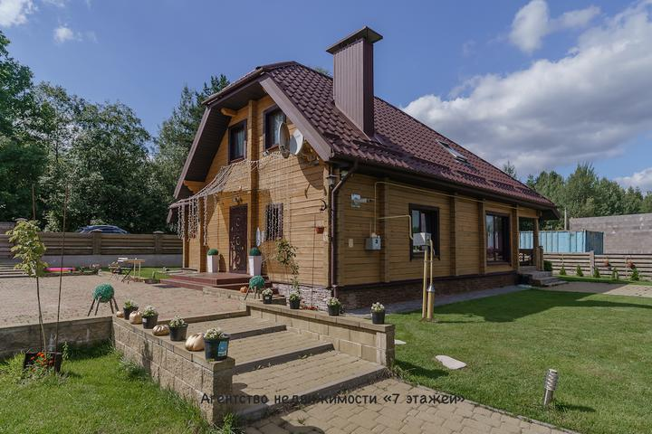 dom_v_mochanakh_leto.jpg