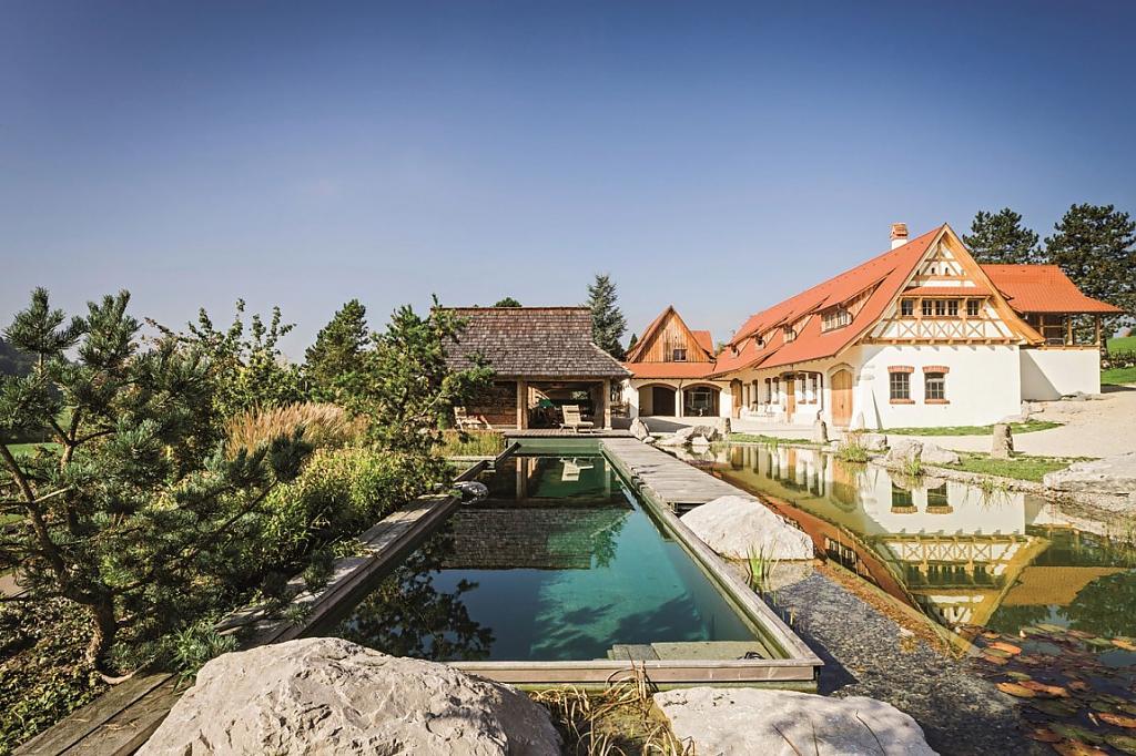natural-pool-01.jpg