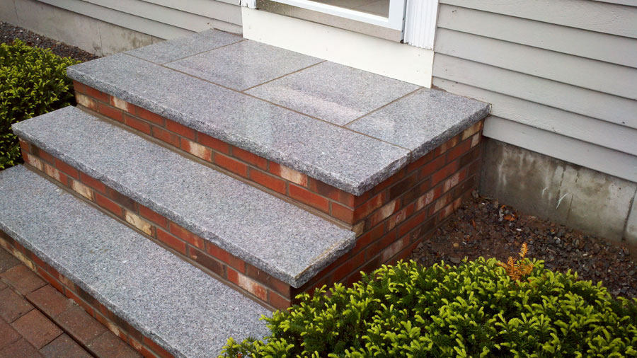 garden-staircase-of-bricks-tiles-01.jpg