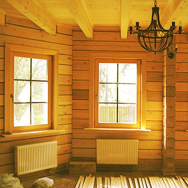Интерьер окон в деревянном доме