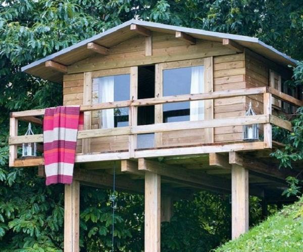 Дом на деревянных сваях своими руками