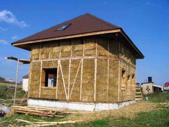 Дом построить своими руками недорого