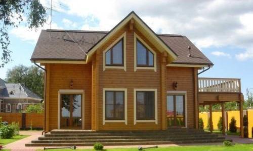 Дерев яний дачний будинок можна