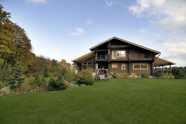 дом швейцарии деревянный фото в