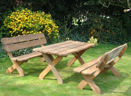 Как сделать столик в саду