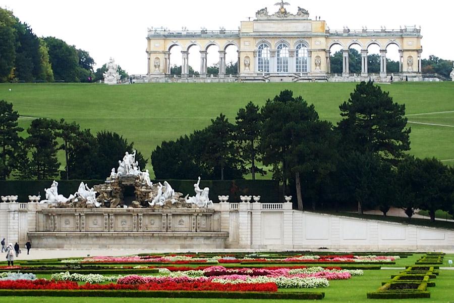 dvorcovo-parkovuj_kompleks_shenburg_v_avstrii_12.jpg