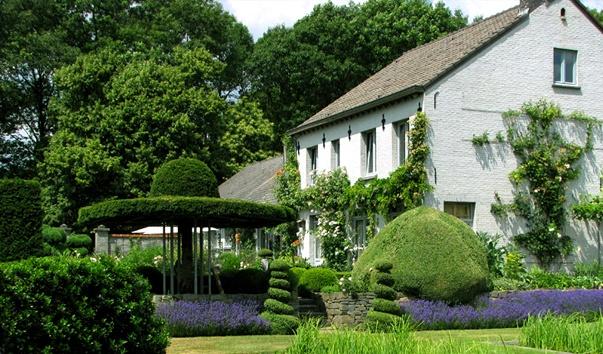 topiary_garden_buxusbeemden_1.jpg