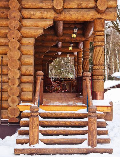 derevjannuj_dom_v_staroruskom_stile_izba_6.jpg
