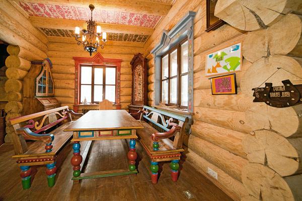 derevjannuj_dom_v_staroruskom_stile_izba_7.jpg