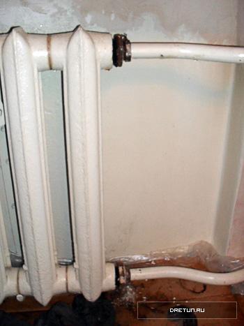 Покажите в картинках как снять радиатор отопления на ваз 21099