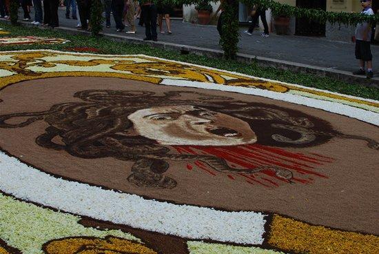infiorata_cvetochnii_festival_v_italii_6.jpg