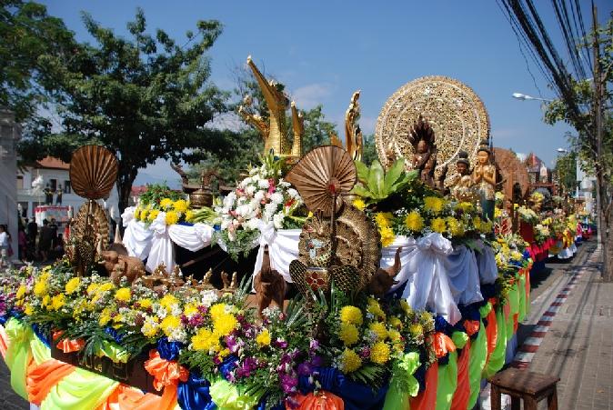 festival_cvetov_v_chiangmae_2014_tailand_13.jpg