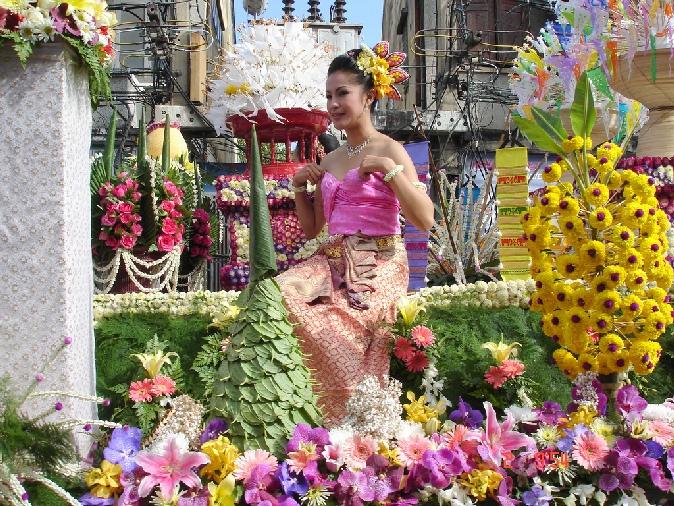 festival_cvetov_v_chiangmae_2014_tailand_14.jpg