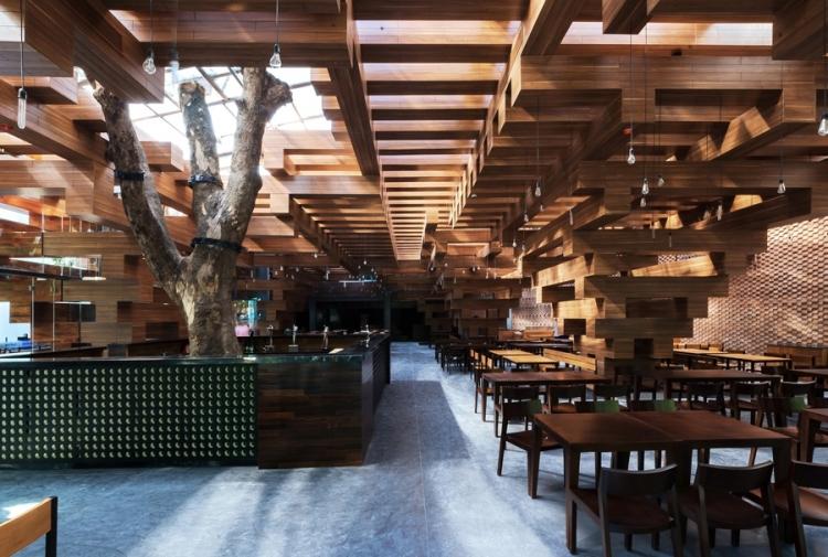 derevyannii_restoran_cheering_ot_buro_h_and_p_architects_v_hanoe_3.jpg