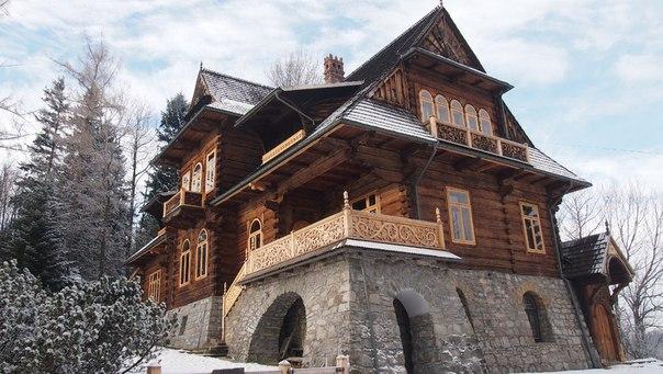 starinnuj_derevjanuj_dom_v_polshe_2.jpg
