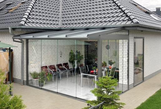 veranda_pribydovana_do_bydinky_dizain_ta_bydivnictvo_svoimi_rykami_7.jpg