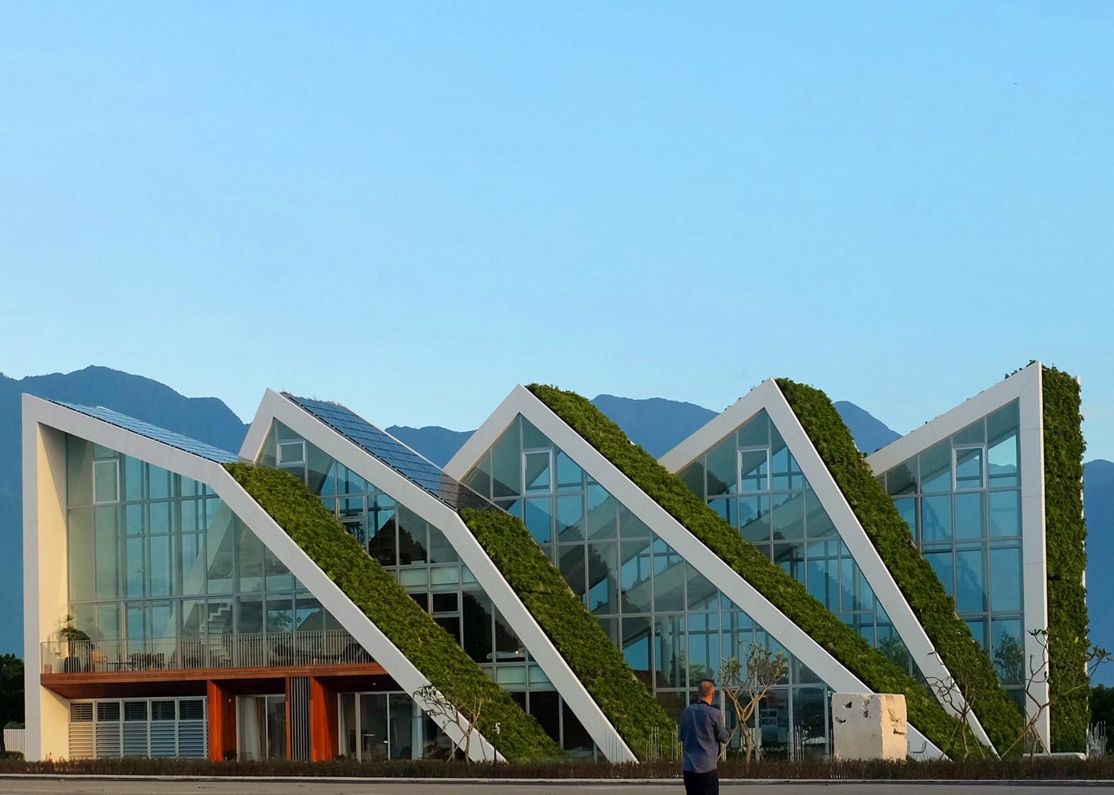 Варіанти зеленого даху від данця Б'ярке Інгельса