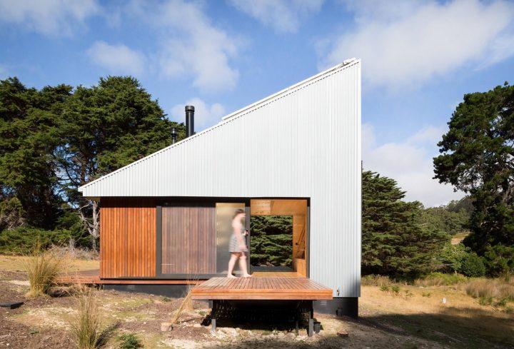ignant-architecture-maguire-devin-cabin-001-720x489.jpg