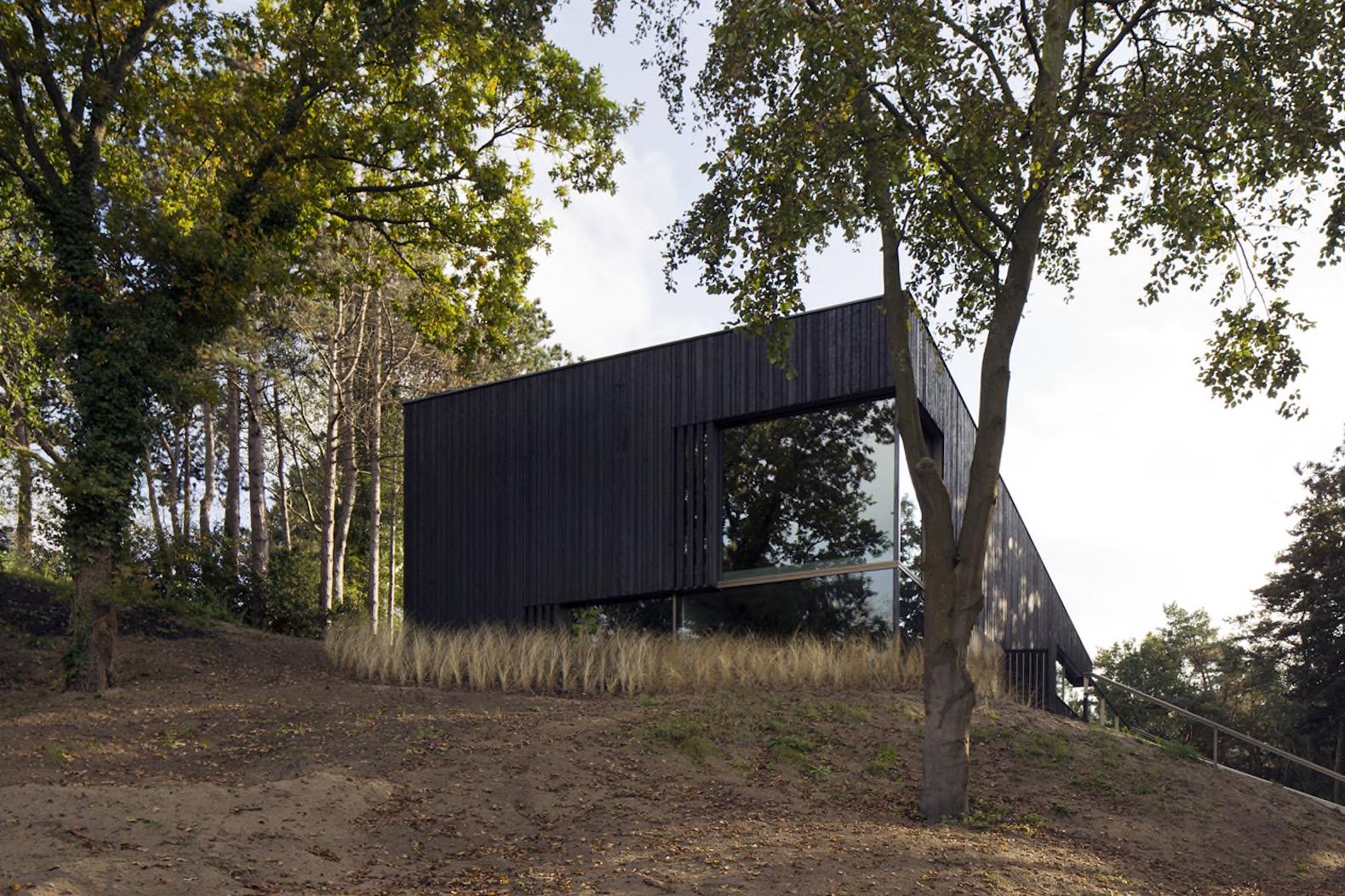 villa-meijendel-by-vvkh-architecten-6.jpg