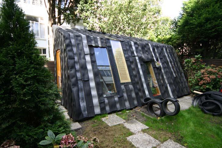 6-best-curious-tiny-sheds-from-random-materials-6.jpg