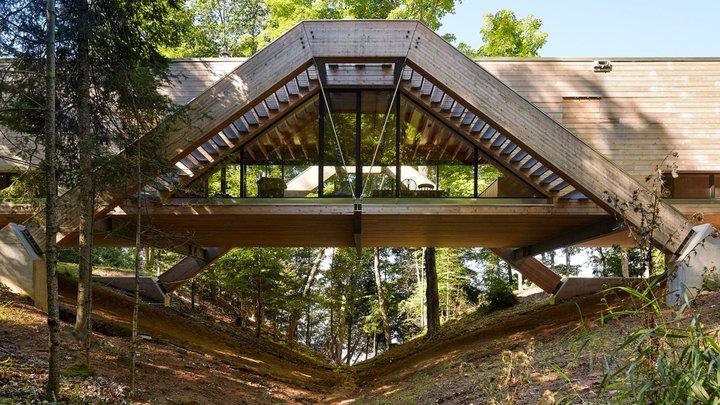 bridgehouse-llama-urban-design_dezeen_2364_hero.jpg