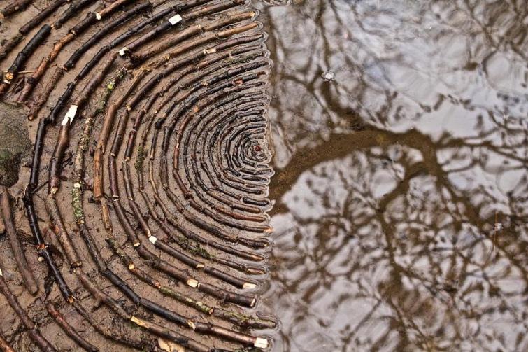 1992f43-james-brunt-natural-materials-land-art-england57-5a7d9541cc8bf--880.jpg