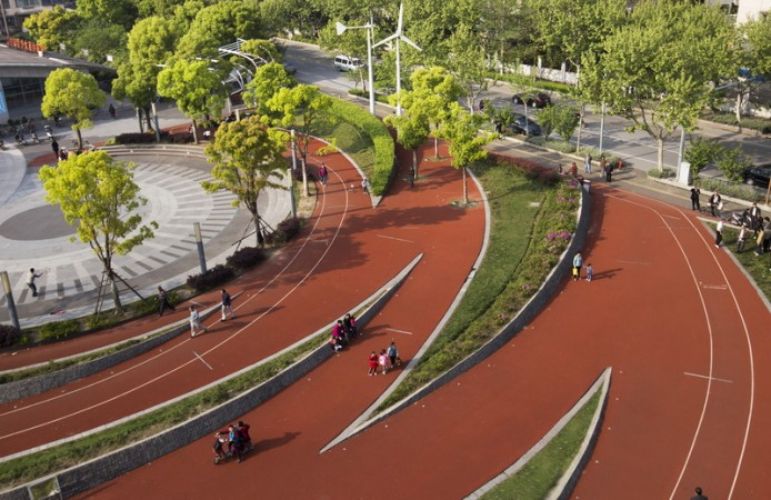zhangmiao-exercise-park-3-694x450.jpg