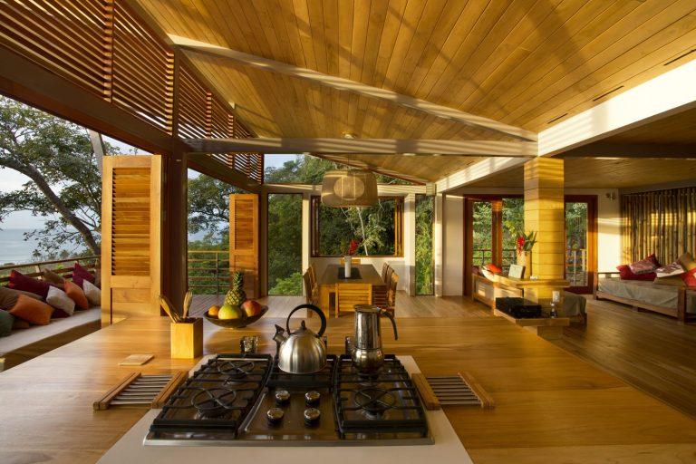 ocean-view-modern-wooden-house-costa-rica_13-768x512.jpg