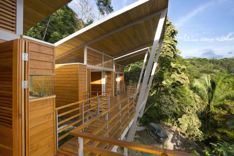ocean-view-modern-wooden-house-costa-rica_19-768x512.jpg