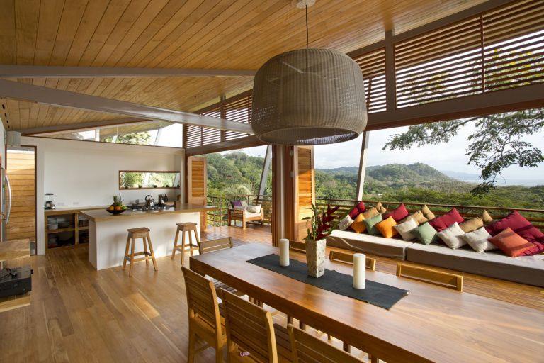 ocean-view-modern-wooden-house-costa-rica_2-768x512.jpg