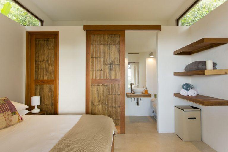 ocean-view-modern-wooden-house-costa-rica_7-768x512.jpg