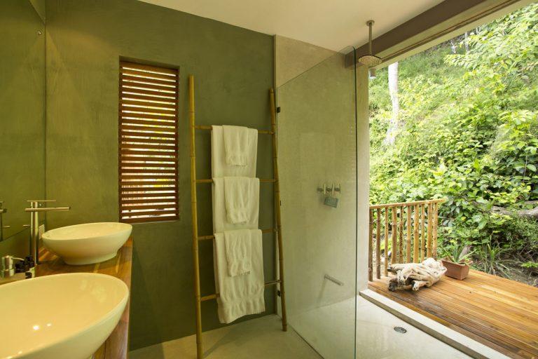 ocean-view-modern-wooden-house-costa-rica_8-768x512.jpg