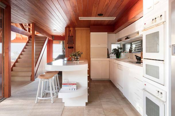 610x406_quality97_800x533_quality97_modern-house_pitt-point-house_int-kitchen_01.jpg