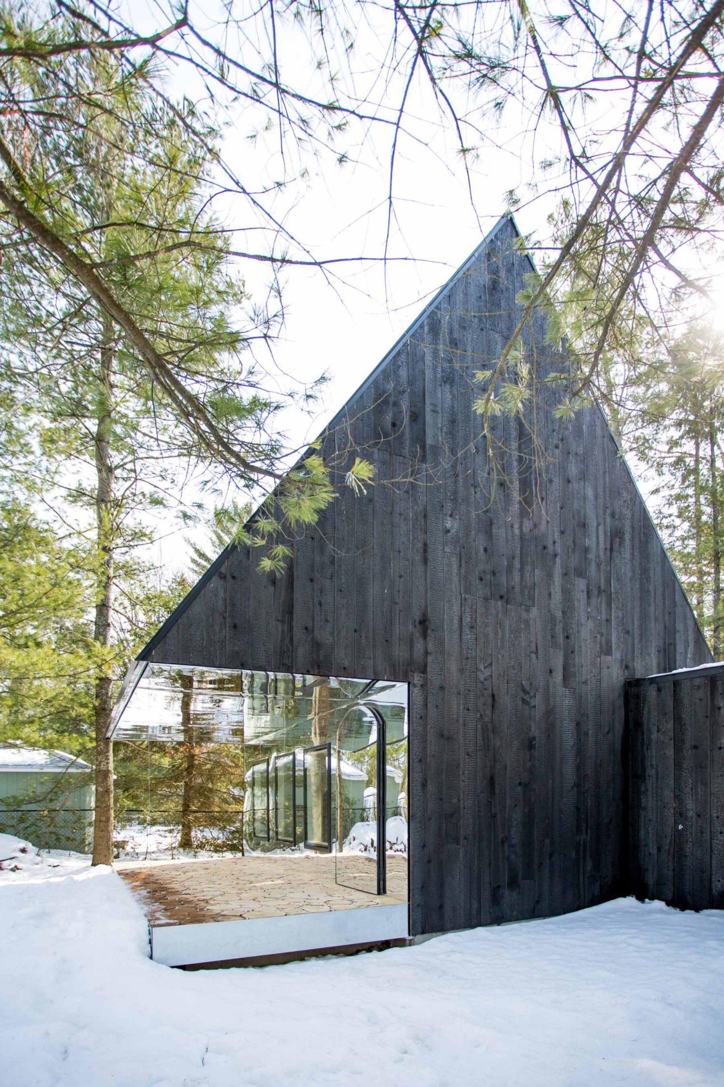 ignant-architecture-uufie-the-lake-cottage-13-1440x2160.jpg